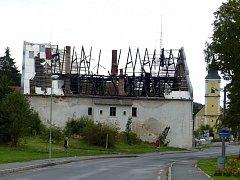 Zámeček v centru Bělé nad Radbuzou. Foto: M. Cibulková