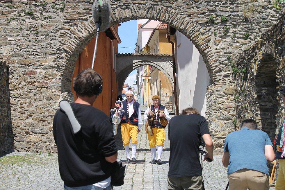 Natáčení Chodských slavností v Domažlicích.