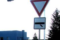 Dej přednost v jízdě! Ilustrační foto.
