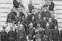 Členové  Sboru dobrovolných hasičů v Kolovči v roce 1904