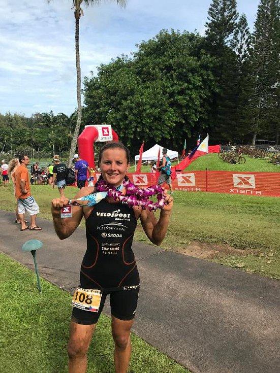 Jana Brantlová z Velosportu Domažlice stanula na stupních vítězů na Mistrovství světa v terénním triatlonu. Obsadila druhou příčku.