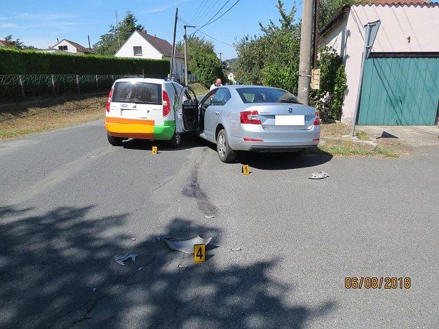 Při nehodě byla zraněna jedna řidička a vznikla škoda celkem za 360tisíc korun.