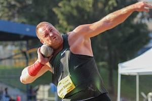 Hvězdou loňského mítinku Hvězdné házení byl český reprezentant ve vrhu koulí Tomáš Staněk.