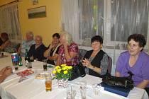 Setkání seniorů v Semněvicích.