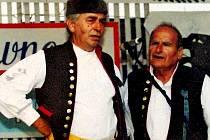 Zakladatelé sboru Haltravan, chodští zpěváci Oldřich Heindl a Albert Švec odešli navždy před 10 lety. První 26. října, druhý 12. prosince.