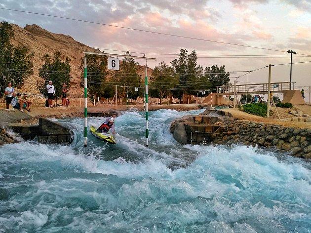 TRÉNINK V TEPLE.  Jana Matulková absolvovala soustředění vodních slalomářů ve Spojených arabských emirátech.