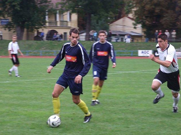 Mezi nejlepčí hráče minulého zápasu s Admirou patřil Petr Mužík (u míče)