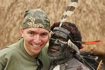 Daniel Balcar z Domažlic je fotograf a rád cestuje do netradičních lokalit. Snímky jsou ze Západní Paupy, kde navštívil domorodé kmeny Daniů a Korowajů.