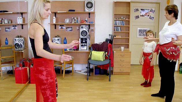 V Základní umělecké škole v Domažlicích se už znovu tančí.