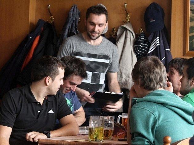 Volební valná hromada fotbalového oddílu SK Poběžovice.