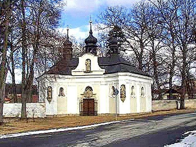Barokní kaple sv. Jana Nepomuckého v Chotiměři. Foto: archiv OÚ Blížejov