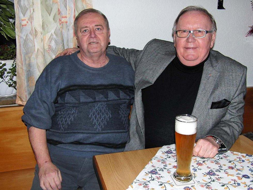 Z výročního jednání Kruhu přátel Furth im Wald Domažlice. Ladislav Hofmeister (vlevo) a Hartmuth Wolff se znali už před rokem 1989.