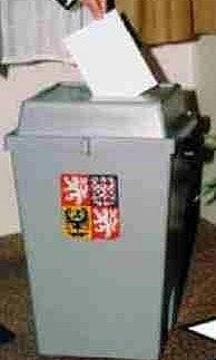 Kolik lístků zaplní volební urny během dneška a zítřka?