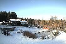 Pohled kamery na dolní stanici vleku Brünnlhang.