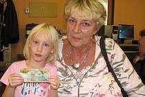 Anabáze se stokorunou. Podnikly ji Oldřišky Steinbachové z Domažlic - babička s vnučkou.