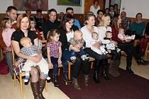 V Klenčí tentokrát vítali jen pět dětí narozených za uplynulých 12 měsíců.
