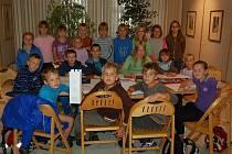 Děti z příměstského tábora Domina v domažlické Galerii bratří Špillarů.