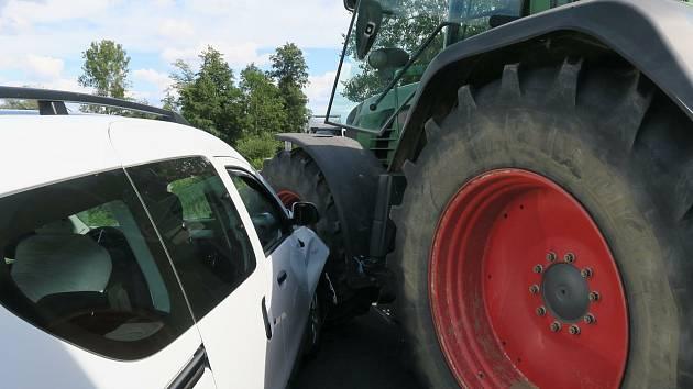 Střet s traktorem.