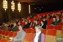 Setkání starostů s radními Plzeňského kraje v horšovskotýnském kině.