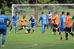 Slovan Kvíčovice (v modrém) - Dynamo Horšovský Týn (v oranžovém) 2:6.