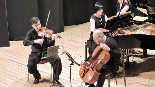 Smetanovo trio zahrálo ve Kdyni.