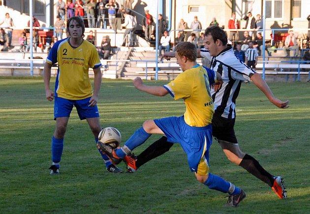 Z utkání FK Holýšov B x SK Kdyně 1920 5:0 (3:0).