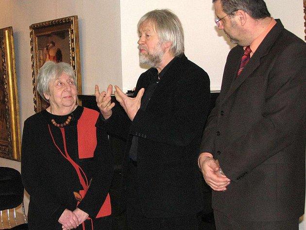 Z vernisáže výstavy v Galerii bratří Špillarů - Vzpomínka na české malíře z koncentračního tábora Flossenbürg.