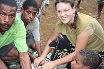 Kateřina Tvardíková v Papuy Nové Guiney.