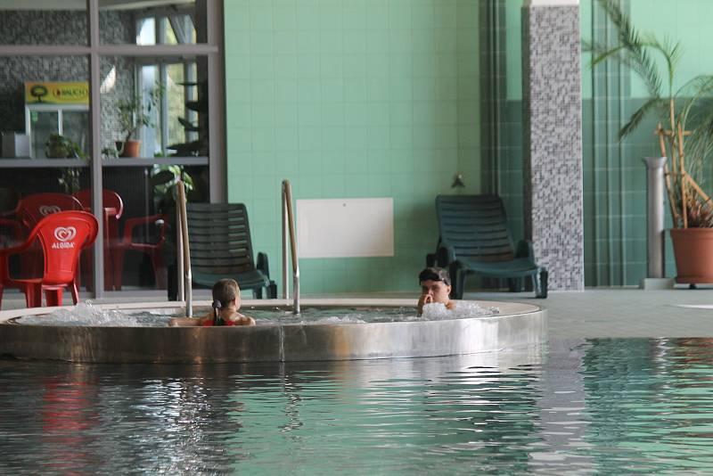 Kdyňský bazén při úterním odpoledni.
