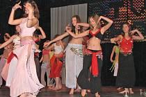 Tanečníci měli ve středu svátek. V Domažlicích se konala tradiční akademie.