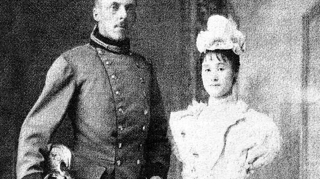 Příběh Heinricha a Mitsuko v sobě spojuje evropskou a východní kulturu a váže se k poběžovickému zámku.