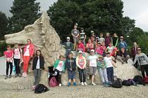 Děti z příměstského tábora navštívili i Hrádek.