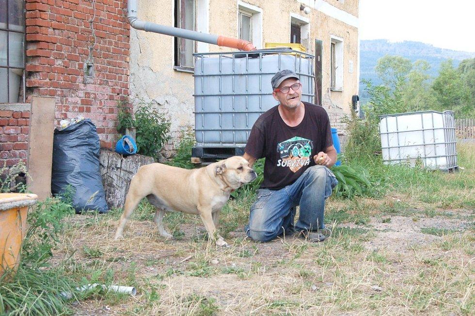 RALF SCHULZ je majitelem 28 psů.