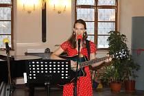 Na koncertě také zazpívá Anna Černá.