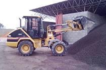 HOLÝŠOVSKÝ prodejce paliv má uhlí dostatečné zásoby.