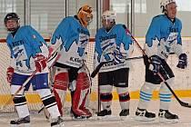 Staňkovští hokejisté v utkání s Přimdou - z leva: Marek Přibyl, brankář Jan Brožovský, Josef Falout a Petr Hoffman.