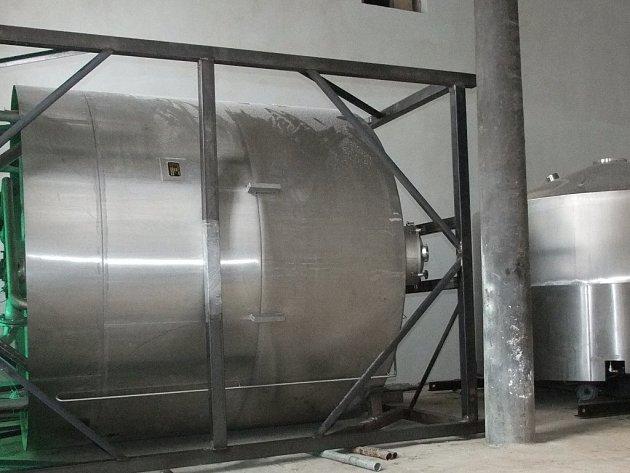Nová varna dovolí vařit sto hektolitrů piva najednou.