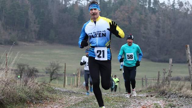 Závodu na 5 km se zúčastnili také běžci z Chodska, kteří se museli vypořádat s mírným stoupáním.