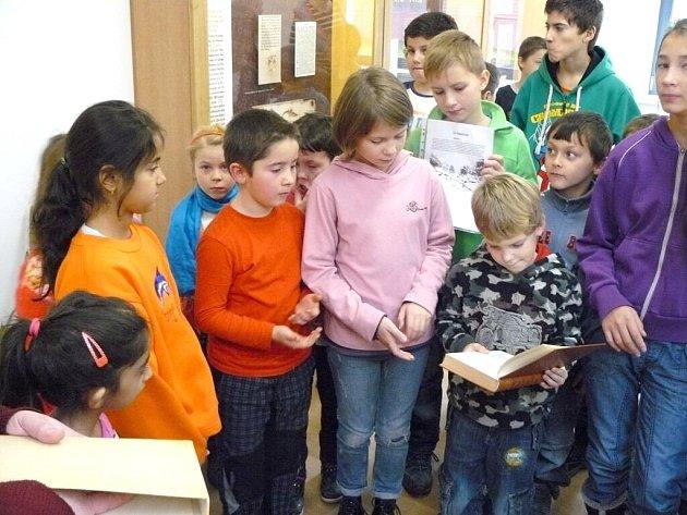Všerubští školáci v Muzeu knihy a knihtisku v Plzni.