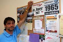 Ředitel kdyňského aquacentra Jan Zelenka ve své kanceláři.