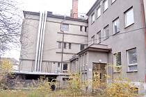 ZCHÁTRALÝ AREÁL bývalé nemocnice stál v centru města od uzavření v prosinci 2005 do demolice v březnu 2013.