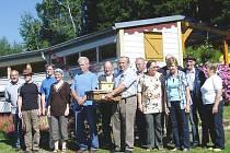 Včelaři z obou stran hranice si vyměňují své zkušenosti už dvacet let.