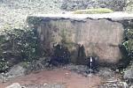 Zdroj vody v místě, kde bydlí Mimiina rodina.  Foto: archiv Aleny Novákové