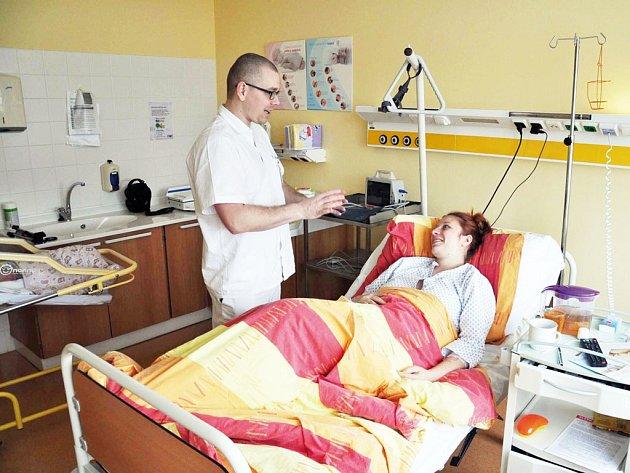 Domažlická nemocnice/ranní vizita - MUDr. Michal Kapoun