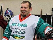 Turnaj v ´Bendy hokeji´ v Rybníku. Gólman Václav Baumann byl jako Dominátor - takřka neprůstřelný.