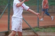 Domažlický Lukáš Meindl při sobotním deblovém turnaji. Spolu s Hynkem Šindelářem obsadili celkově osmé místo