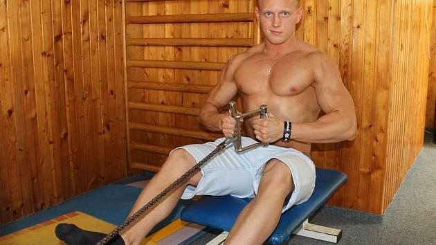 Kulturista Maxim Jucov získal titul z mistrovství Čech v juniorské kategorii do 70 kg. Na Mistrovství ČR byl čtvrtý.