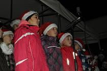 Z rozsvícení vánočního stromu v Draženově.