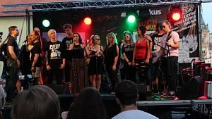 Závěrečný koncert se uskutečnil v sobotu 20. 7. v alejích.