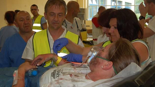 Velké cvičení v Domažlické nemocnici.